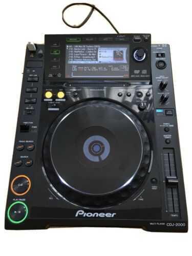 Pioneer CDJ 2000 DJ Deck