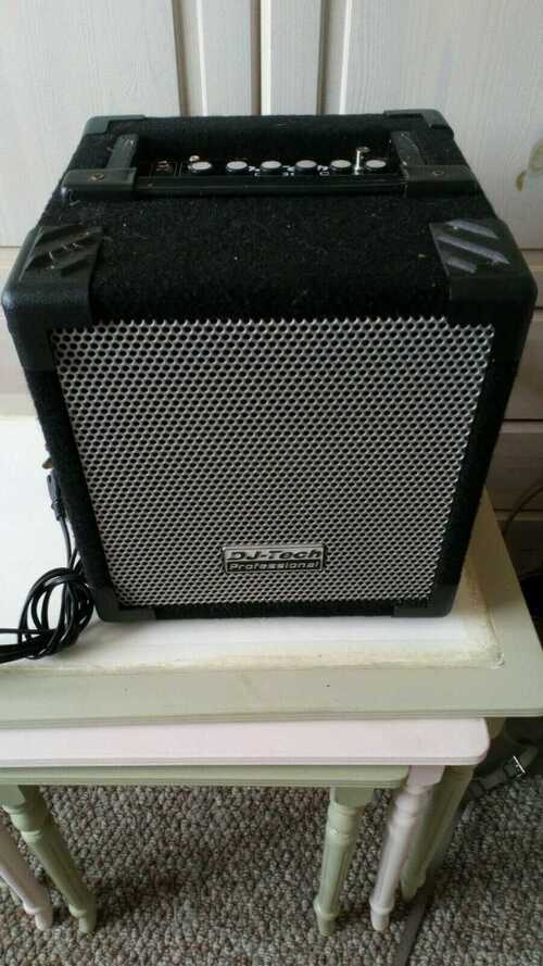 DJ TECH Small PA System with microphones