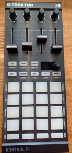traktor kontrol f1 Very Well Cared For Immaculate Condition Original Packaging