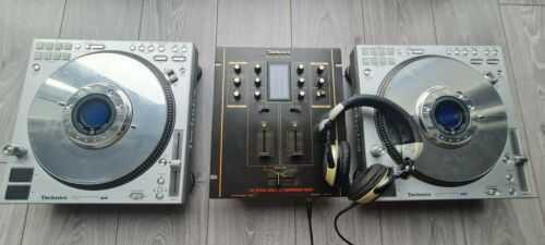 Technics SL-DZ1200 (Pair) + SH-EX1200 championship mixer + RPDJ1210 headphones